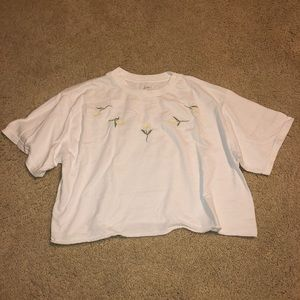 BRANDY MELVILLE 🌼 cropped daisy tee